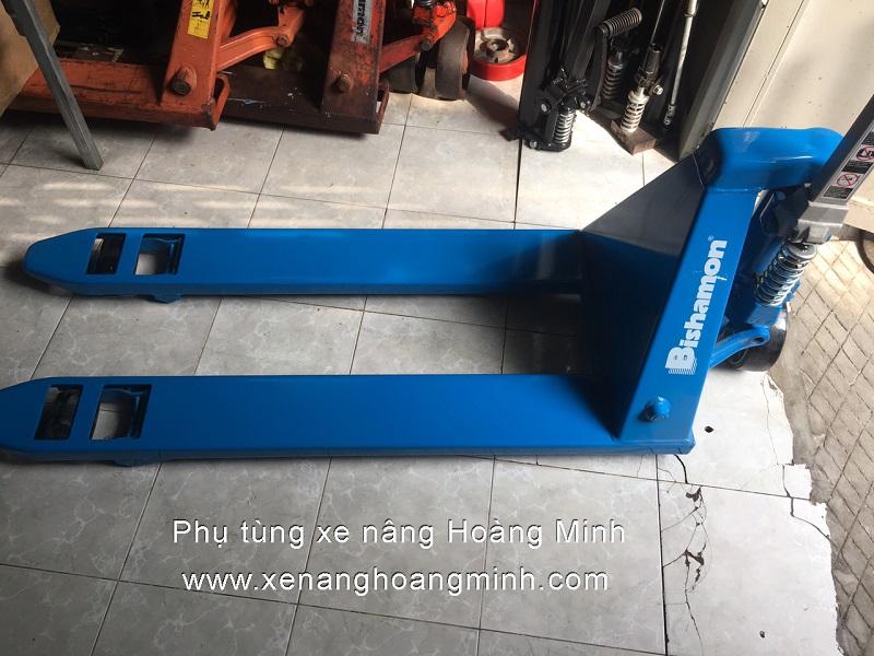 xe-nang-tay-bishamon-2500kg