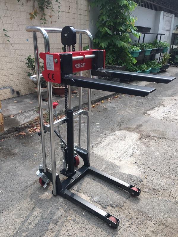 Xe-nang-tay-cao-400kg-nang-cao-1m5