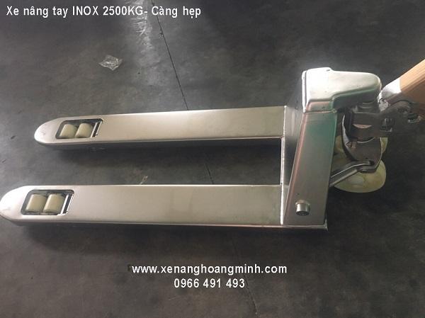xe-nang-tay-inox-2500kg-cang-hep