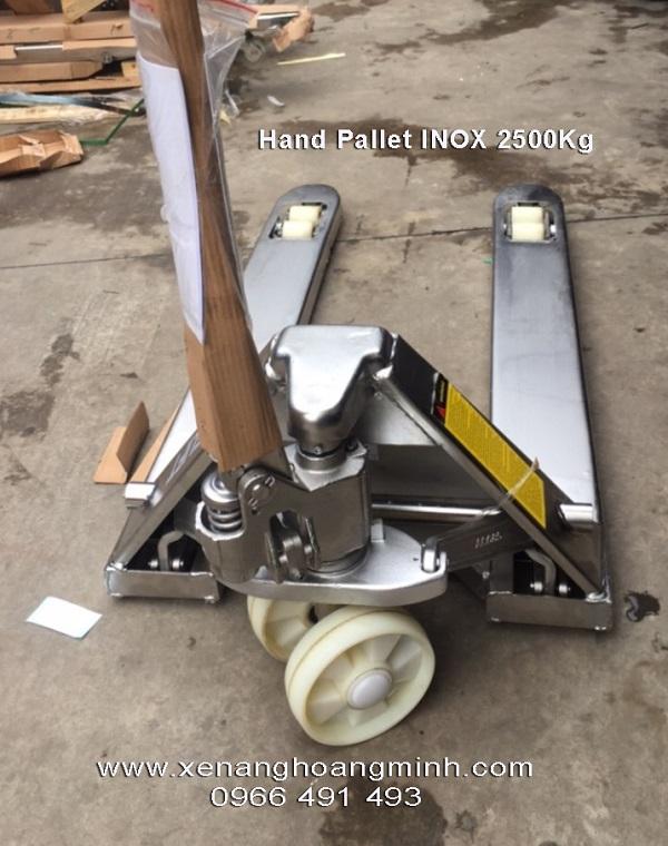 Xe-nang-tay-inox-2500kg-cang-rong