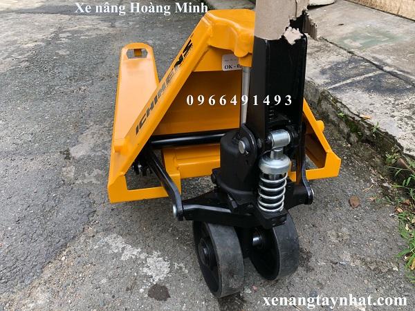 xe-nang-tay-3000kg-cang-hep-ichimen