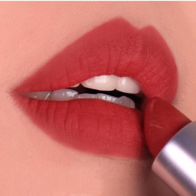 Son MAC Powder Kiss - 316