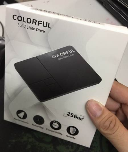ổ cứng SSD 256gb colorful SL500