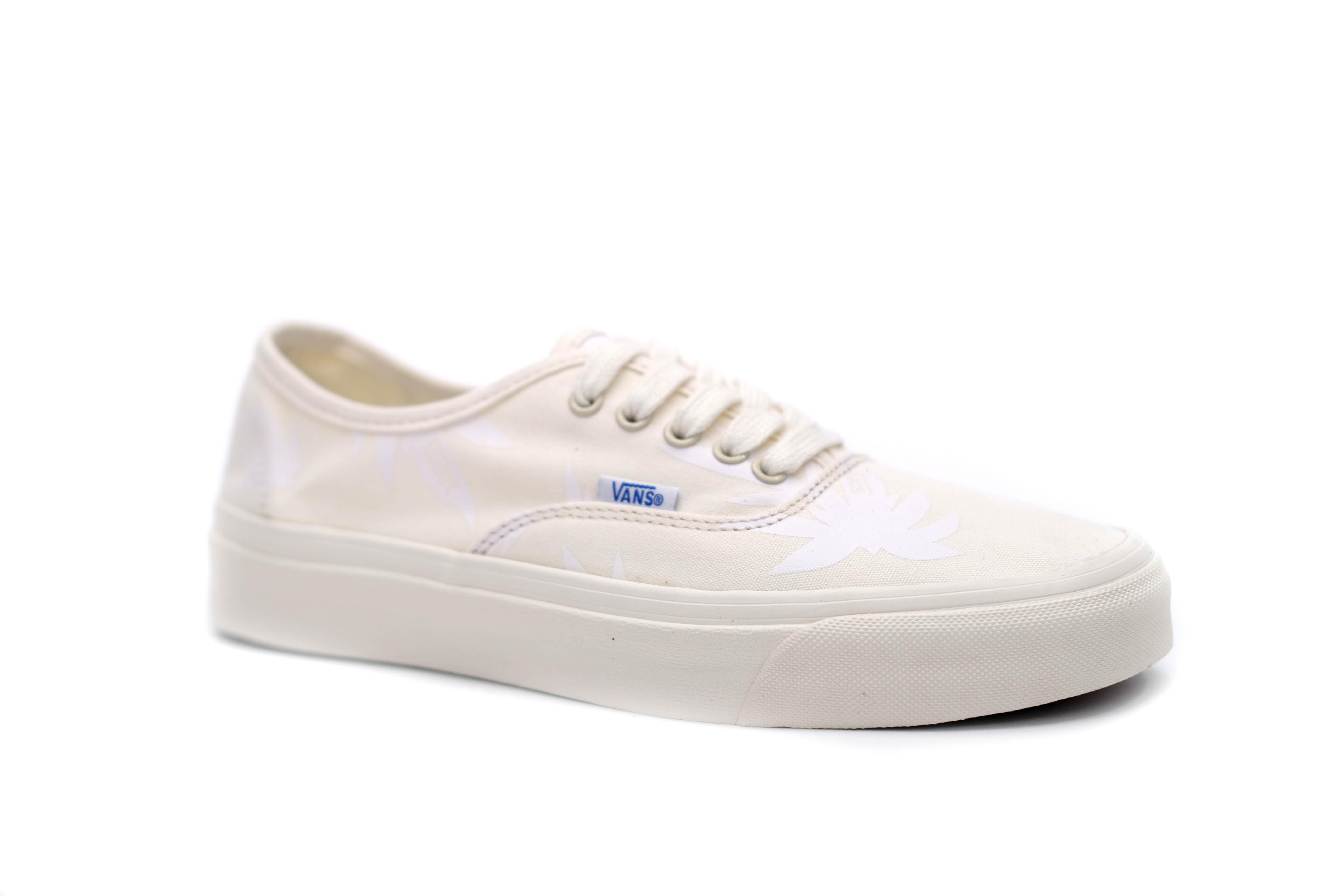 og-authentic-lx-island-leaf-beige-white