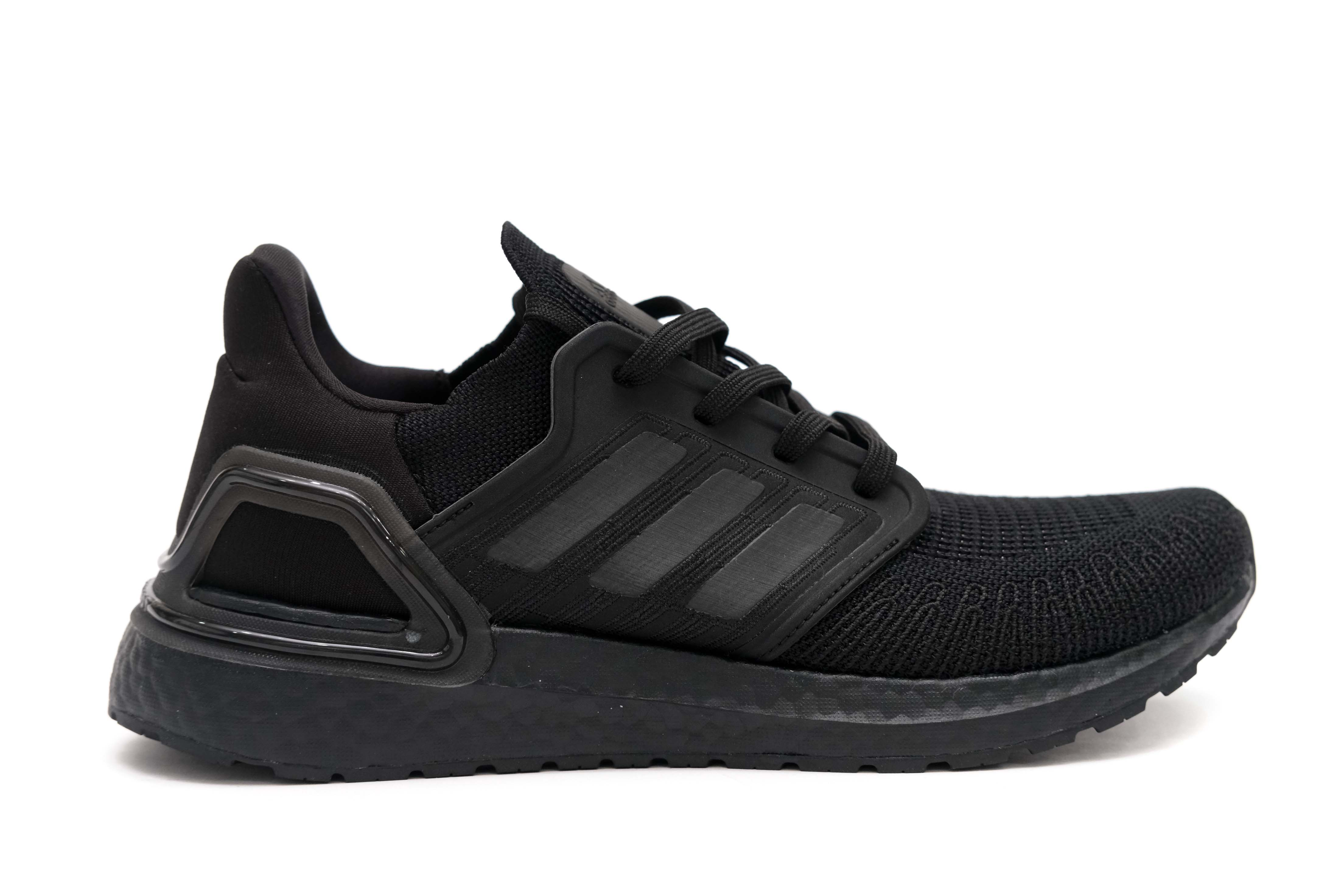 Ultra boost 20 'Triple Black'