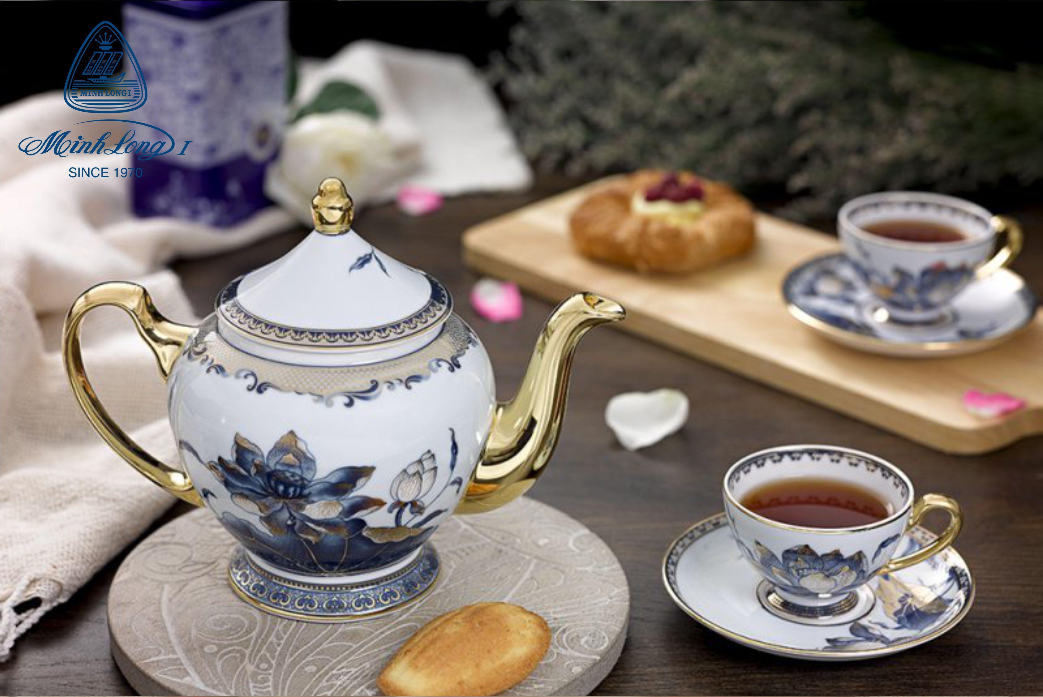 Bộ trà 0.8L Hoàng Cung Sen Ngọc 01084045603 Minh Long