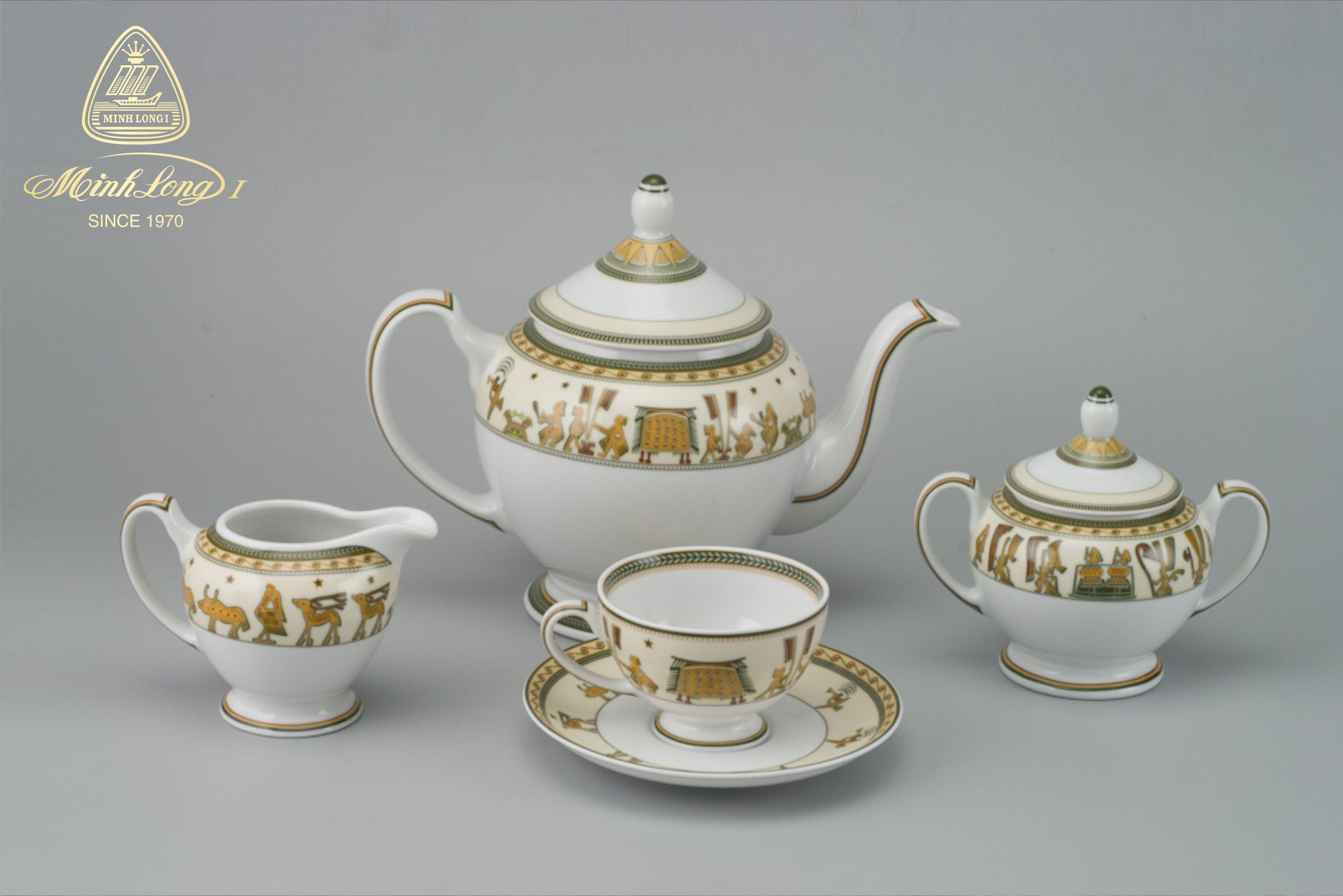 Bộ trà 1.3L Hoàng Cung Cội Nguồn 01134017303 Minh Long