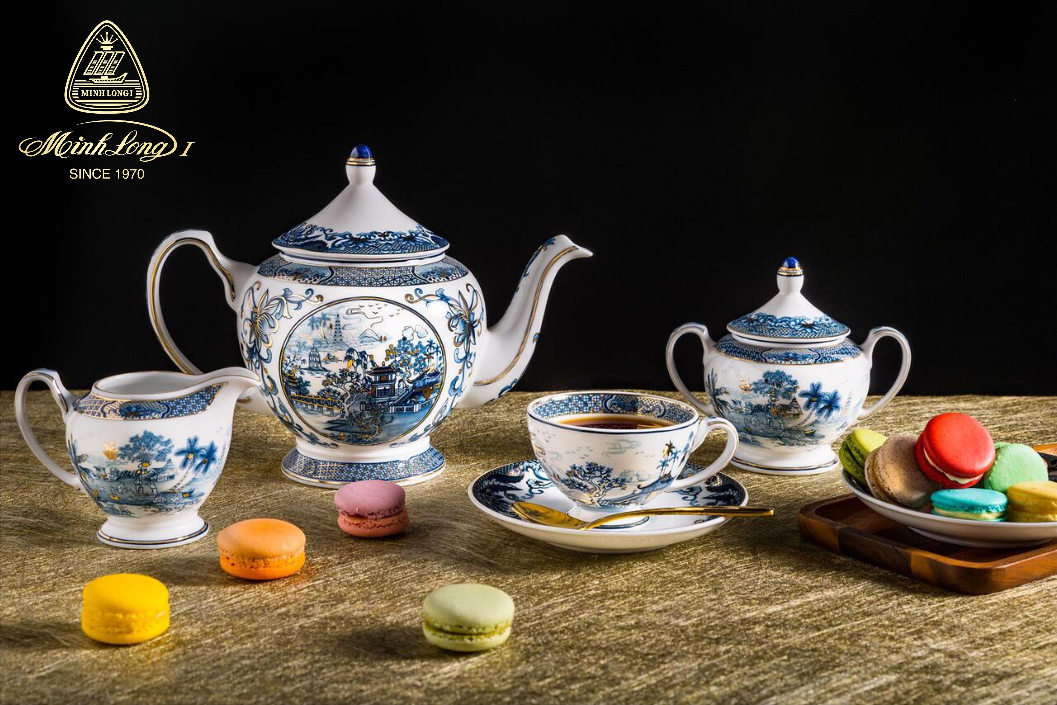 Bộ trà 1.3L Hoàng Cung Hồn Việt vàng 01134037303 Minh Long