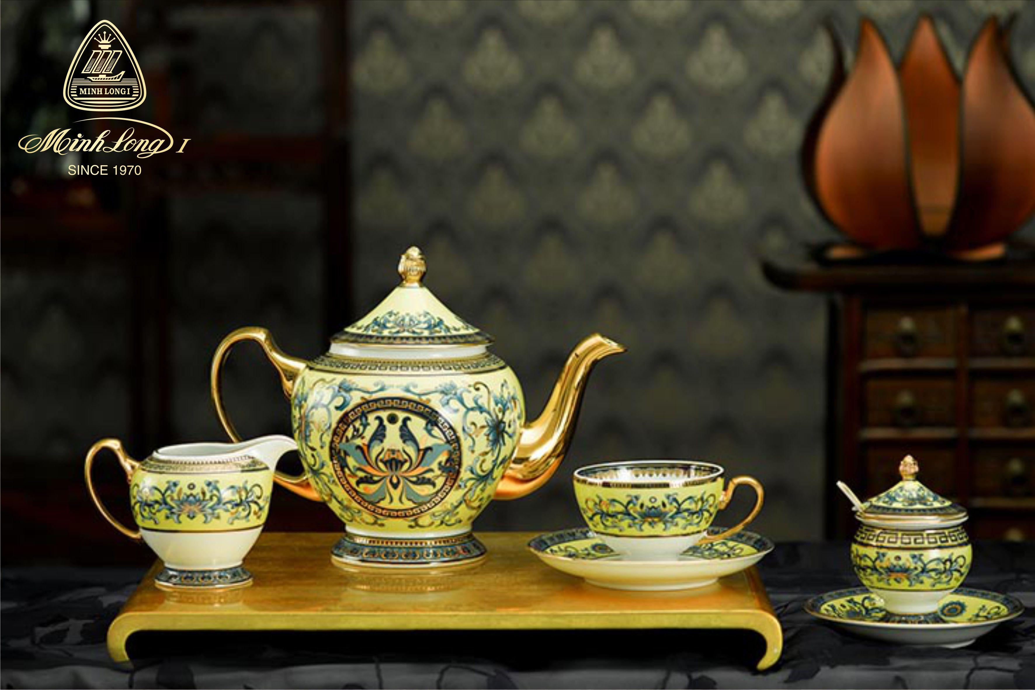 Bộ trà 1.3L Hoàng Cung Hoàng Liên 01134046003 Minh Long