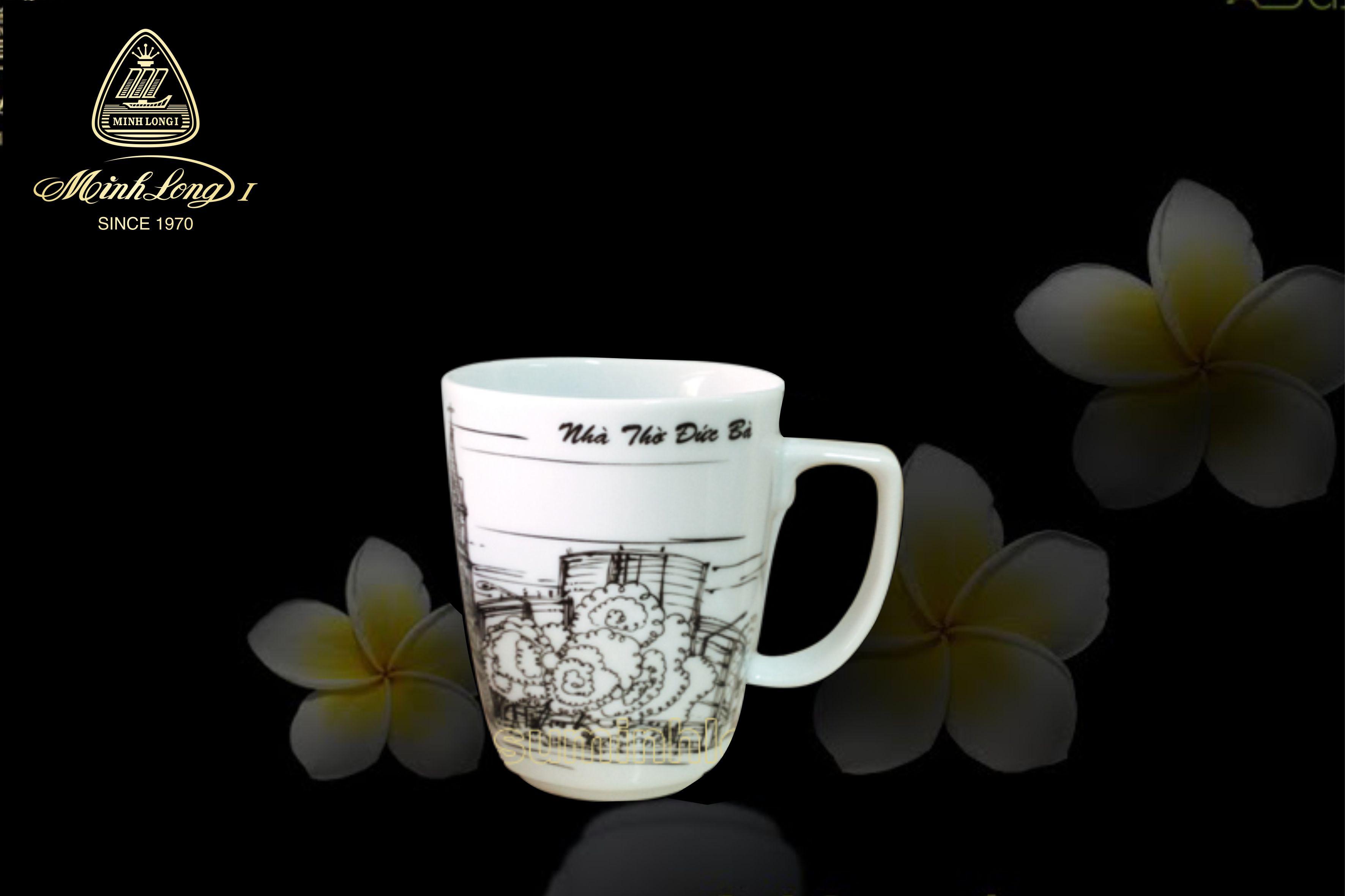 Ca trà 0.36L Vuông T Nhà thờ Đức Bà 153635065 Minh Long