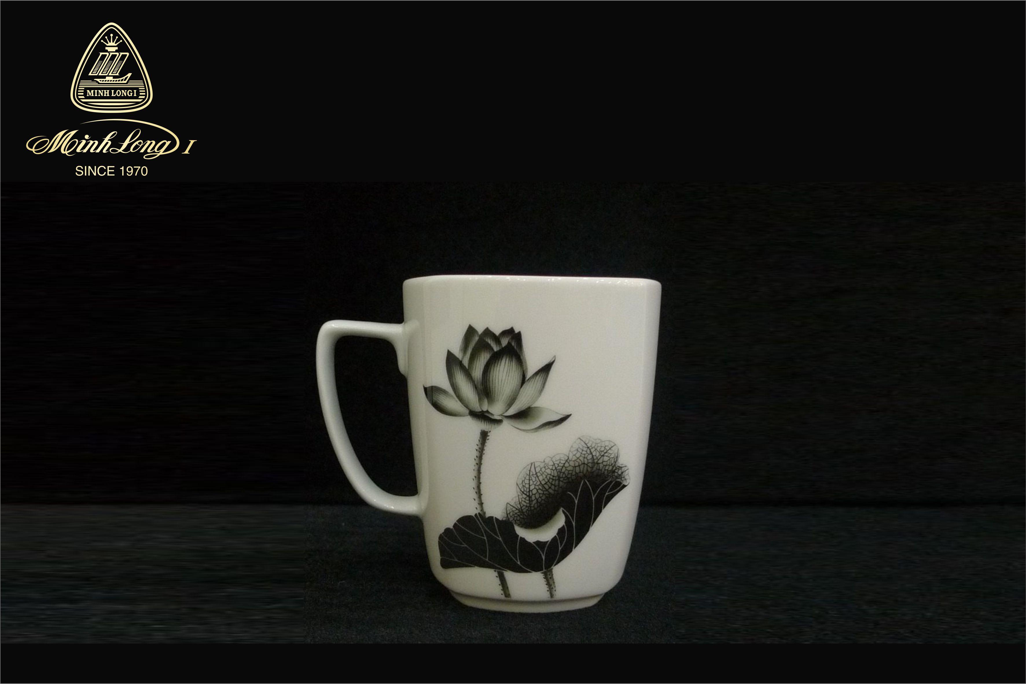 Ca trà 0.36L Vuông T Tịnh Tâm 153635207 Minh Long