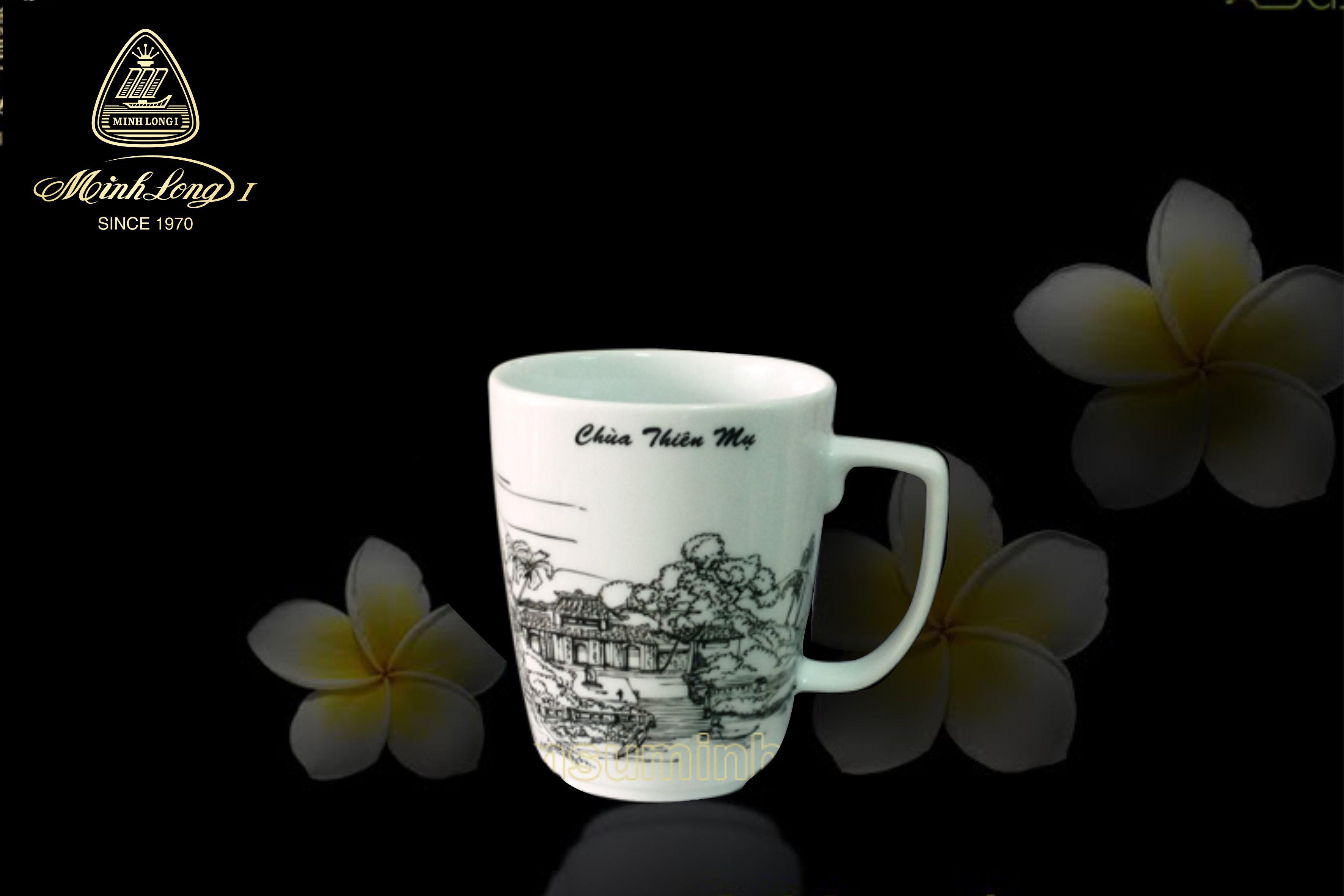 Ca trà 0.36L Vuông T Chùa Thiên Mụ 153635355 Minh Long
