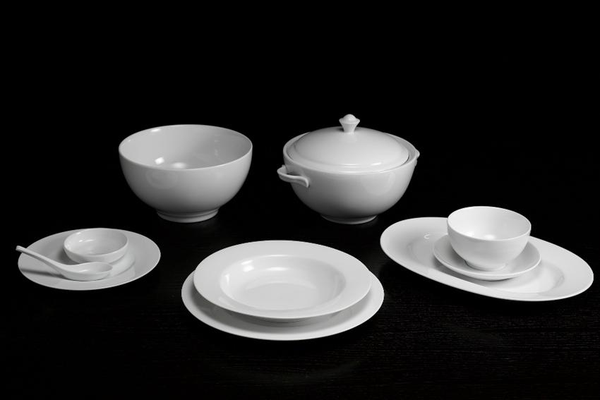 Bộ bàn ăn 6 người Âu - Á + thố 46sp Came Trắng 4606AACAM Minh Long