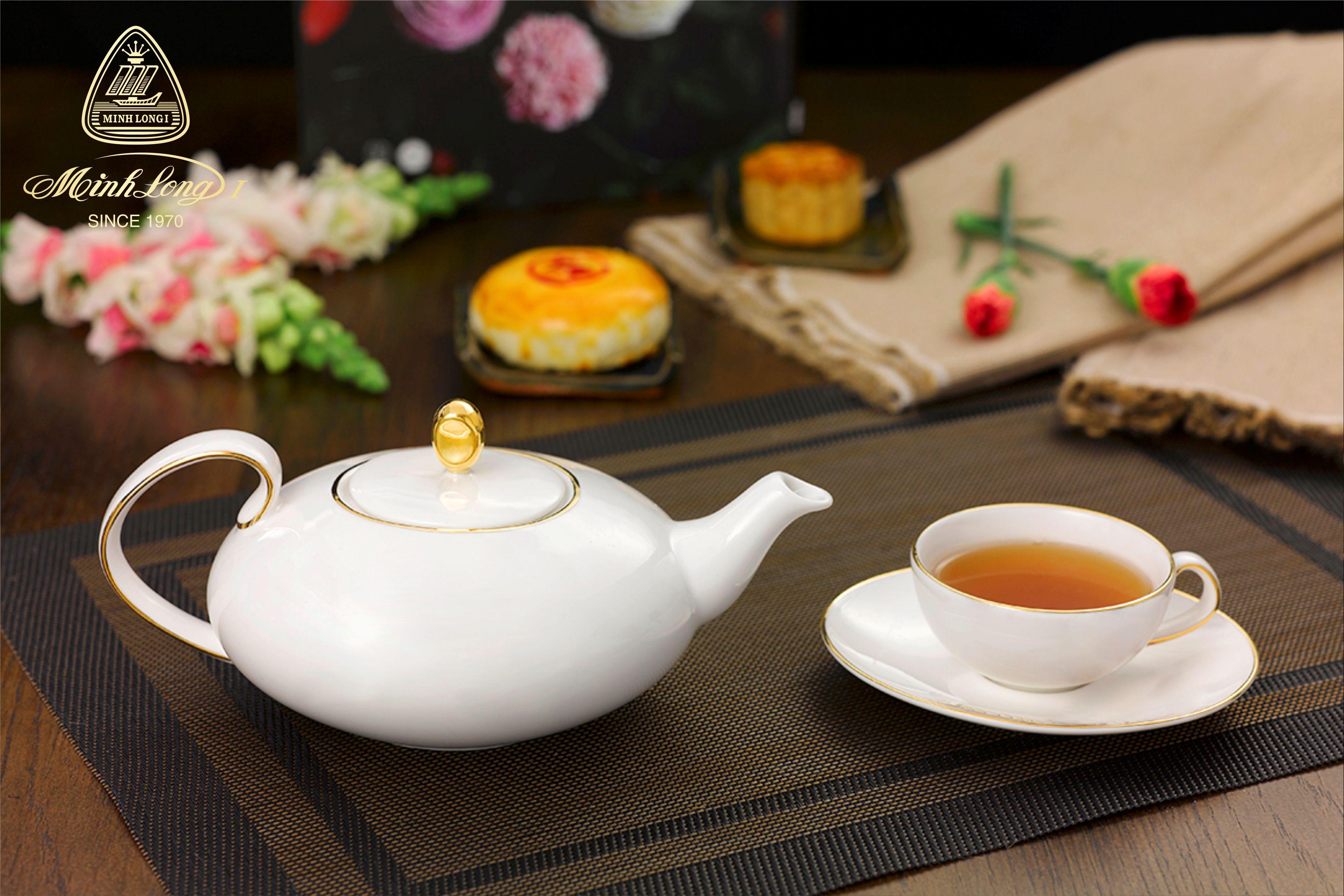 Bộ trà elip 0.47L Anna Chỉ Vàng 68470201403 Minh Long