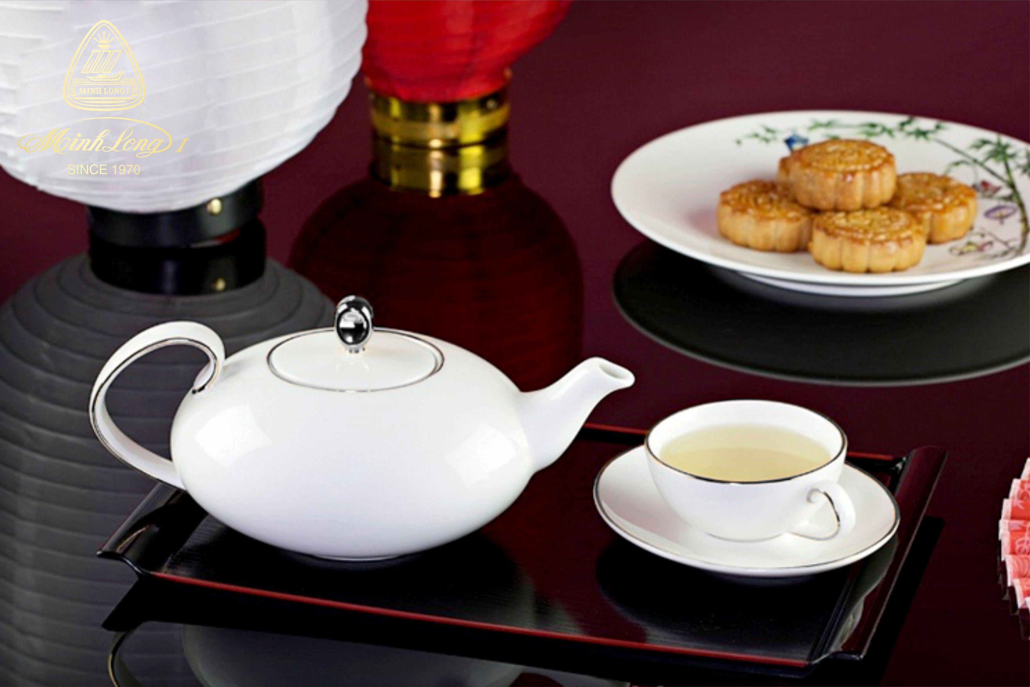 Bộ trà elip 0.47L Anna Chỉ Bạch Kim 68470204303 Minh Long