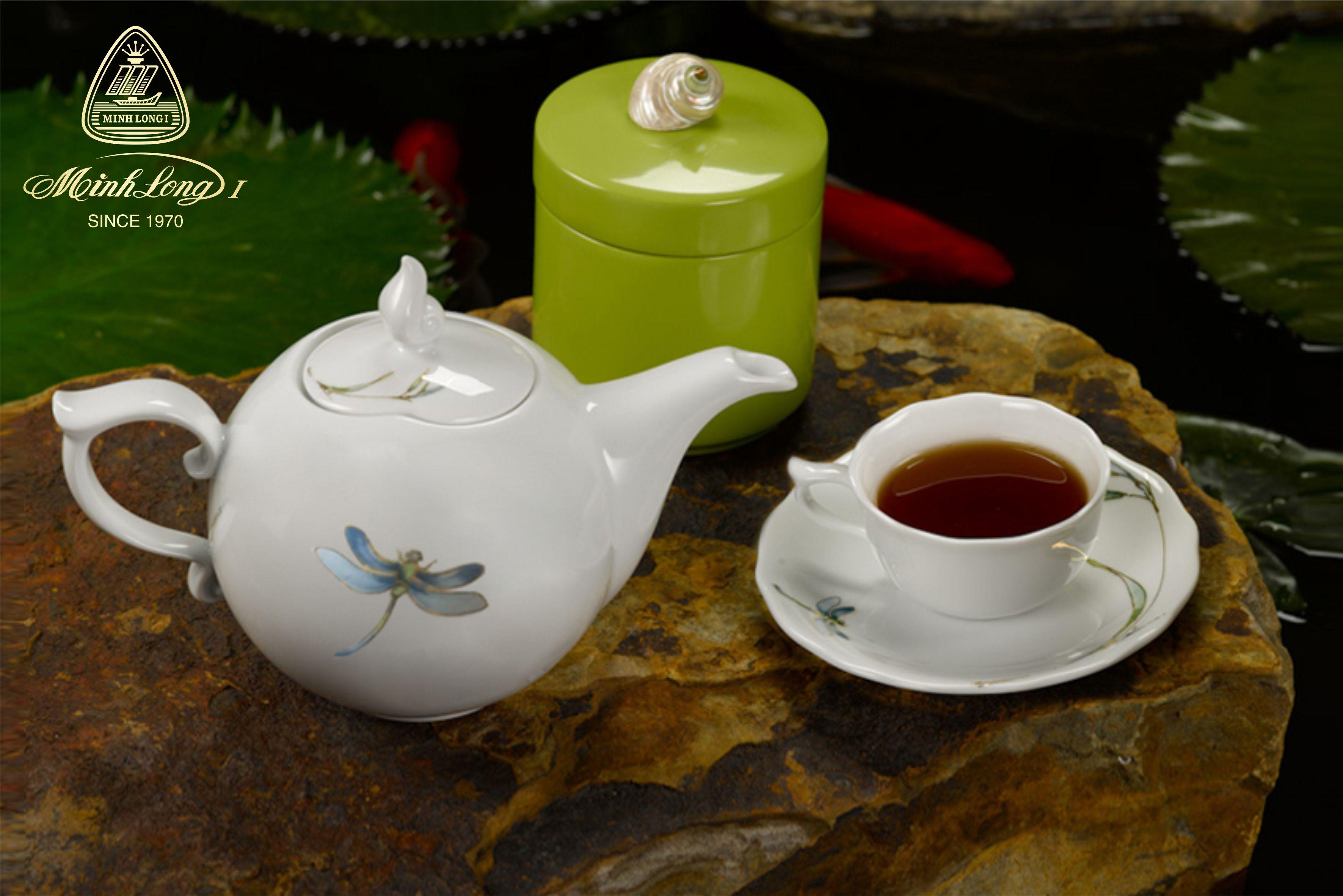 Bộ trà 0.7L Mẫu Đơn Thanh trúc 68700817603 Minh long