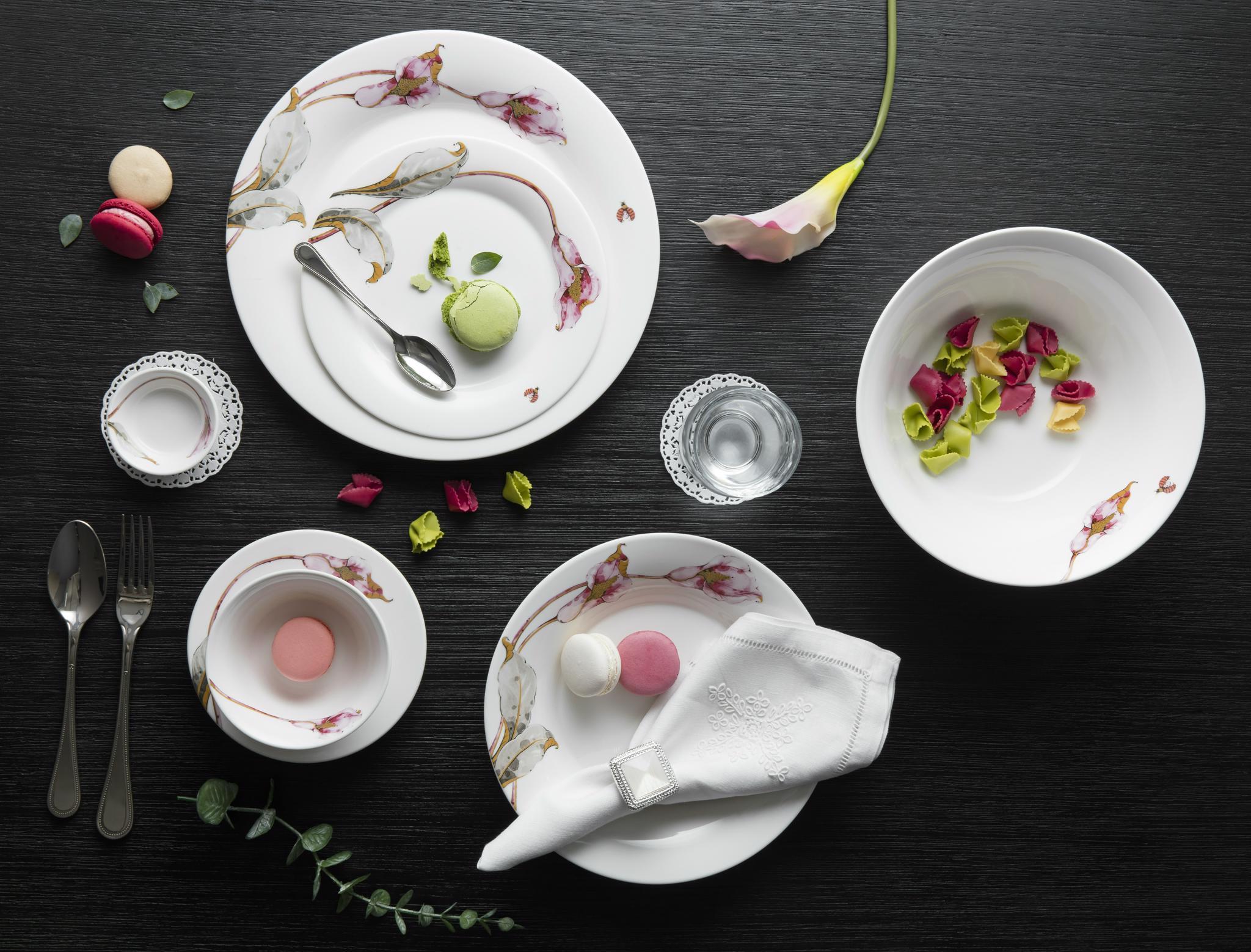 Bộ bàn ăn 22sp Tulip Ngà Loa Kèn Hồng 142228430 Minh Long