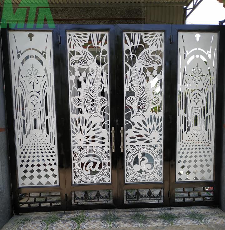 mẫu cổng sắt CNC 4 cánh đẹp