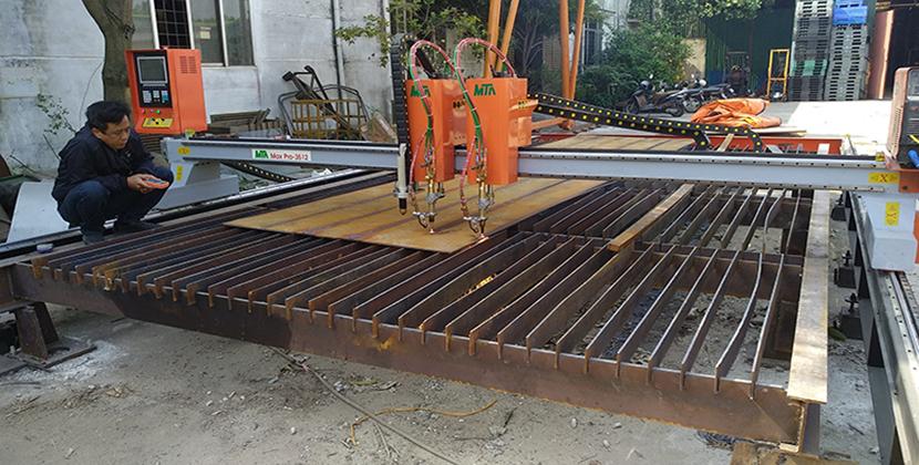 máy cắt oxygas CNC