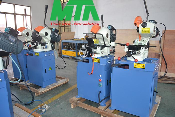 máy cắt ống kim loại