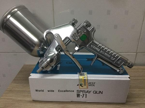 sung-phun-son-phun-bong-o-to-inest-iwata-1-3mm-da-bao-gom-coc-400ml