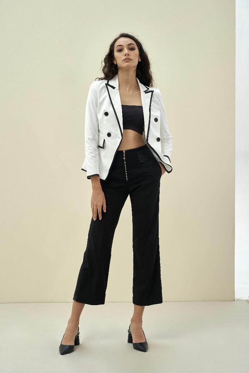 Áo Blazer nữ tương phản 2