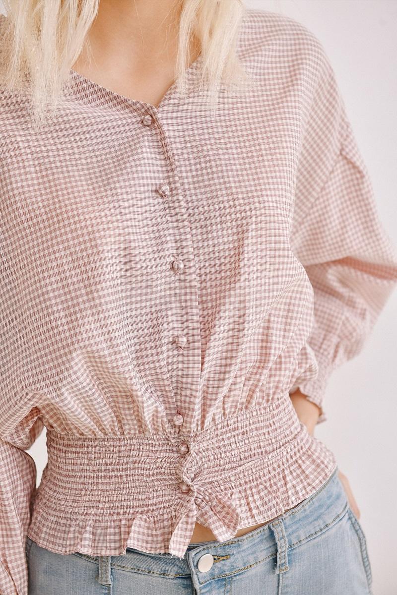Áo caro hồng ôm eo 4