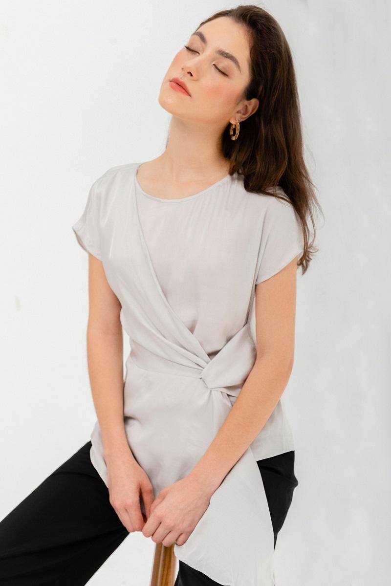 Twisted Silk Blouse - Áo Lụa Kèm Dây Xoắn
