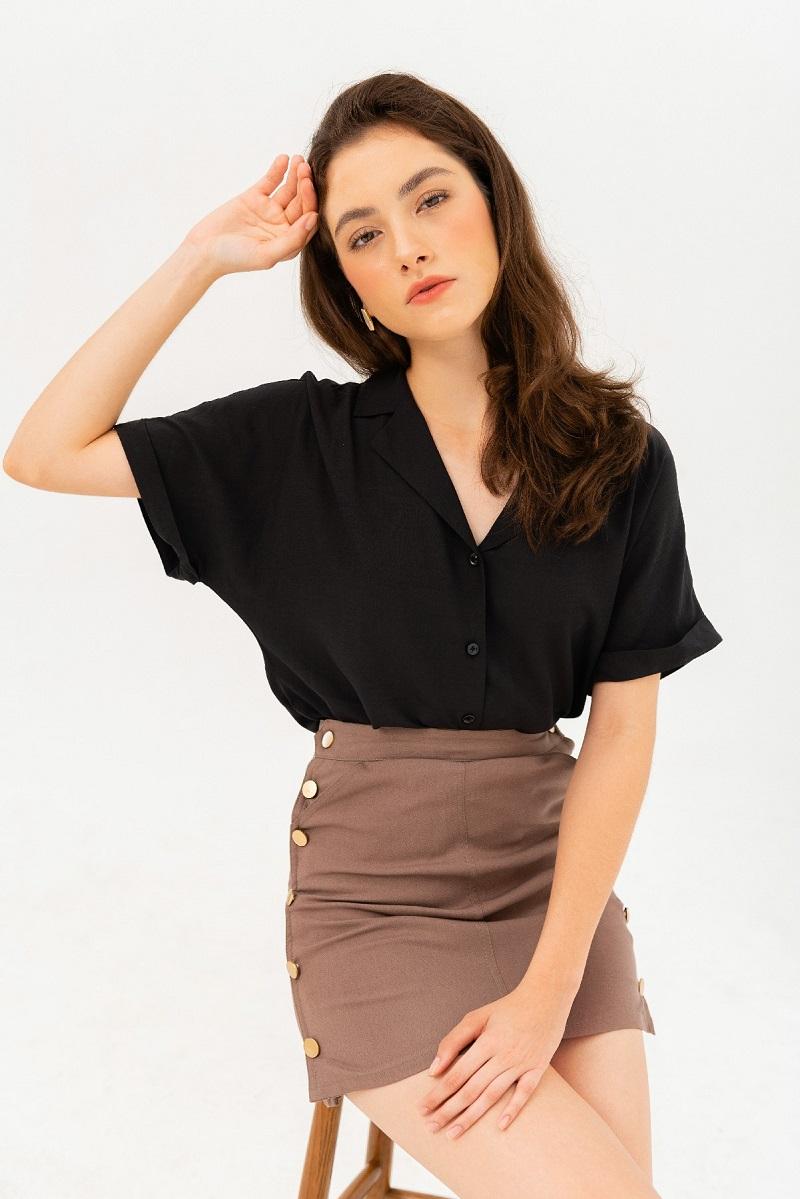 Button Basic Shirt - Áo Sơ Mi Đen Kèm Cúc