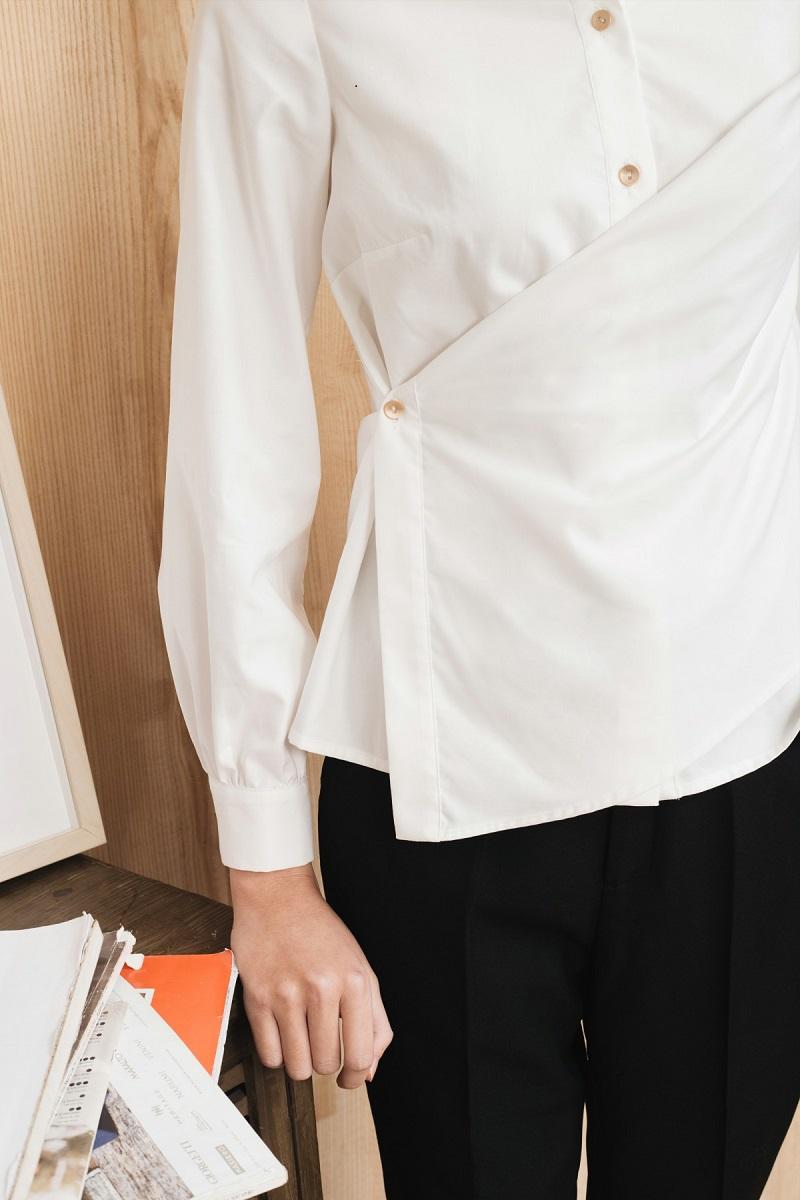 Áo sơ mi trắng vạt chéo 2