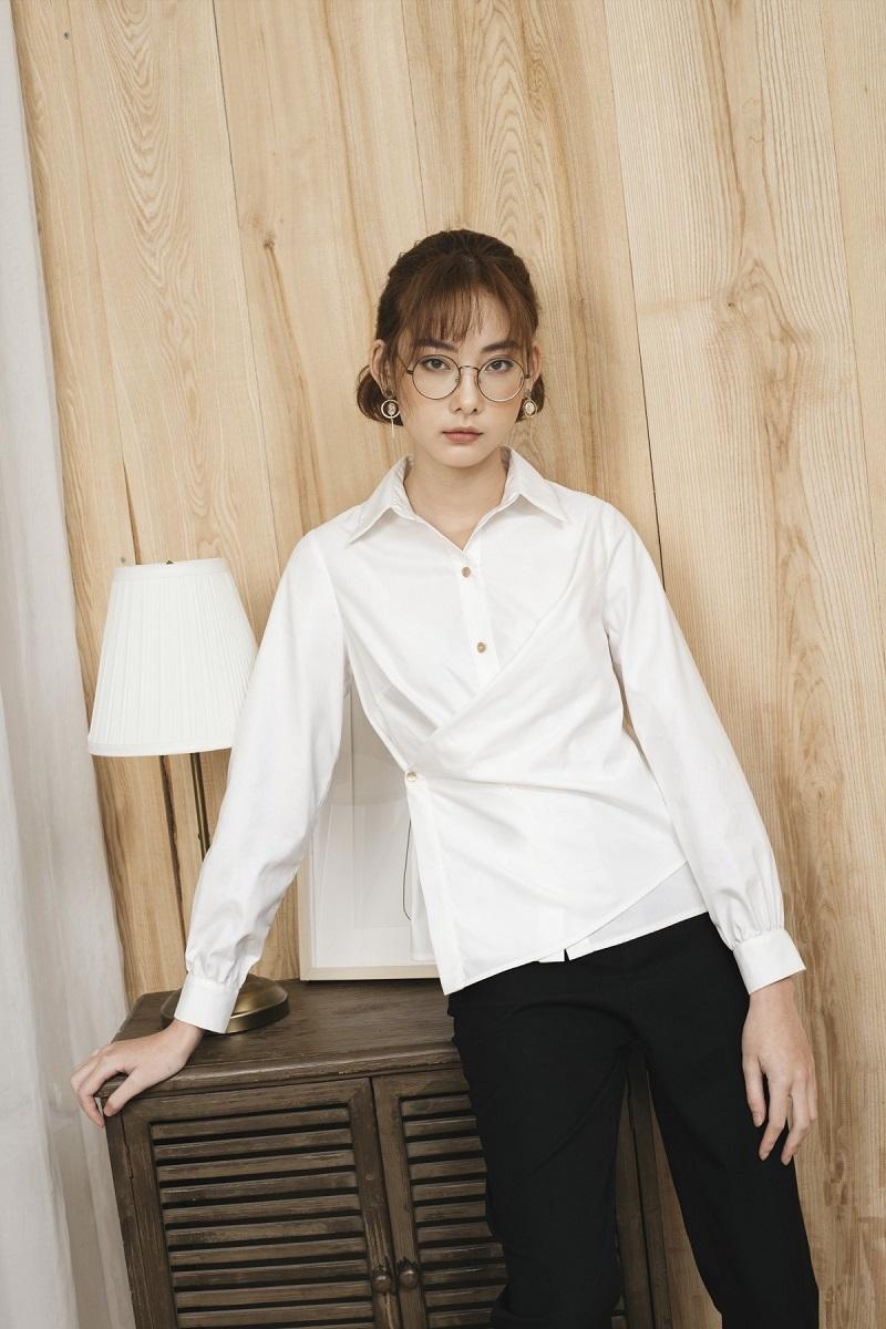 Áo sơ mi trắng vạt chéo 3