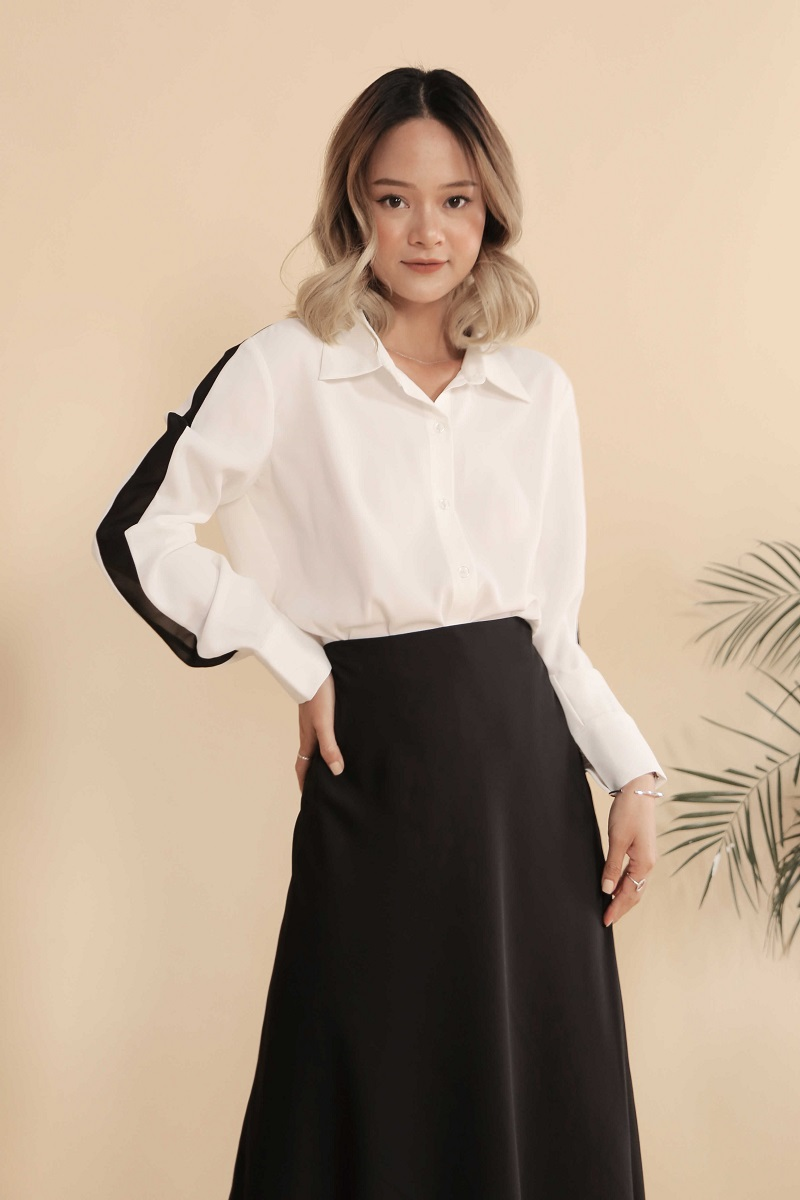Black Stripe White Blouse - Áo Sơ Mi Sọc Trắng Đen