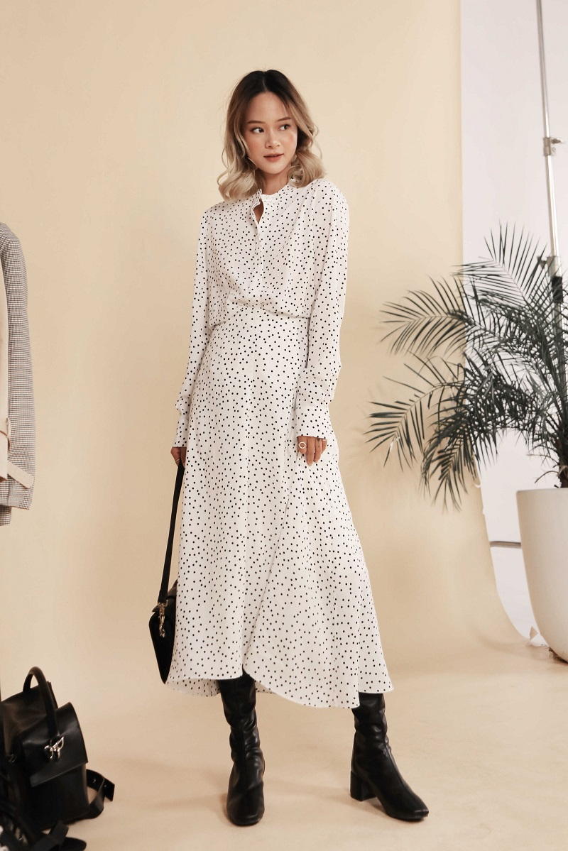 Flowing Polka Dot Dress - Đầm Chấm Bi