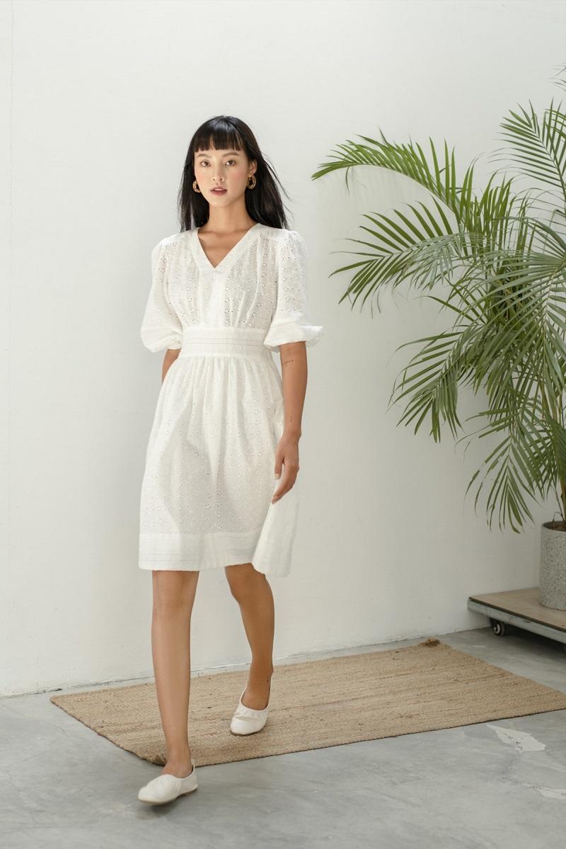 Eyelet Midi Dress - Đầm Đục Lỗ Cổ Chữ V Tay Phồng
