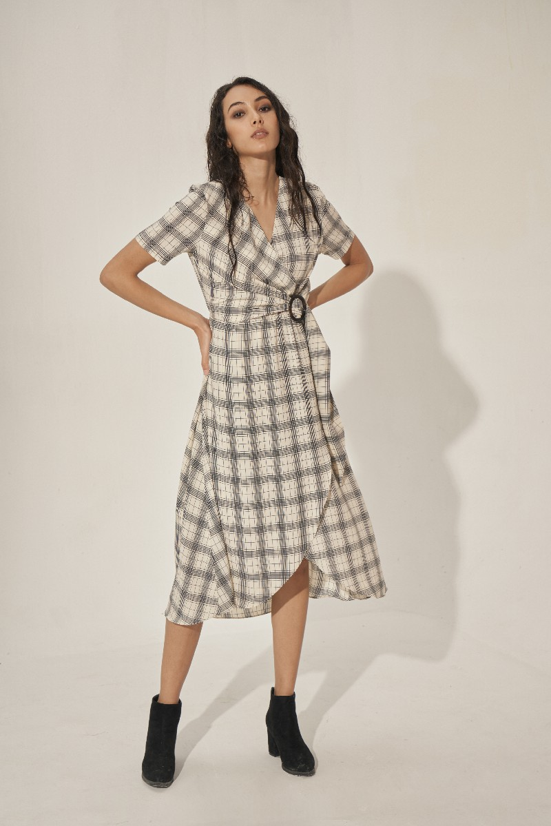 Checked Maxi Dress With Belt - Đầm Maxi Caro Kèm Đai