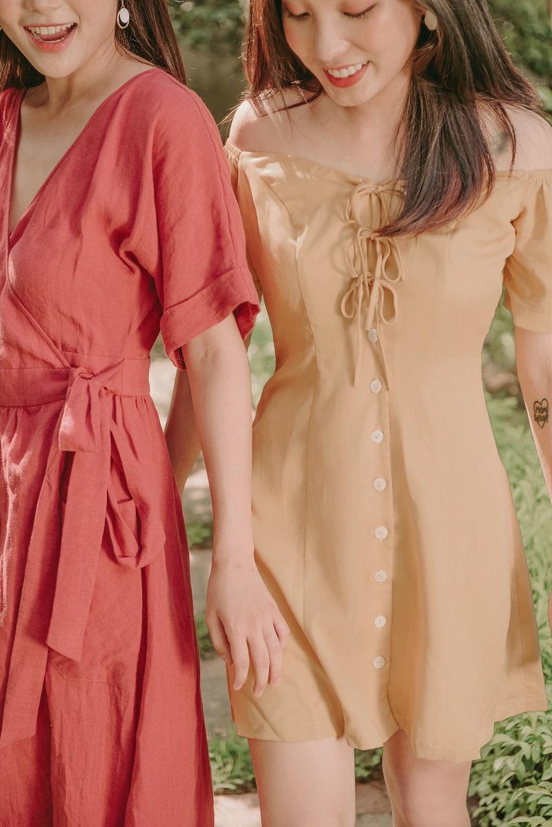 Off-shoulder Mustard Mini Dress - Đầm Mini Cổ Vuông Ngực Cài Nơ