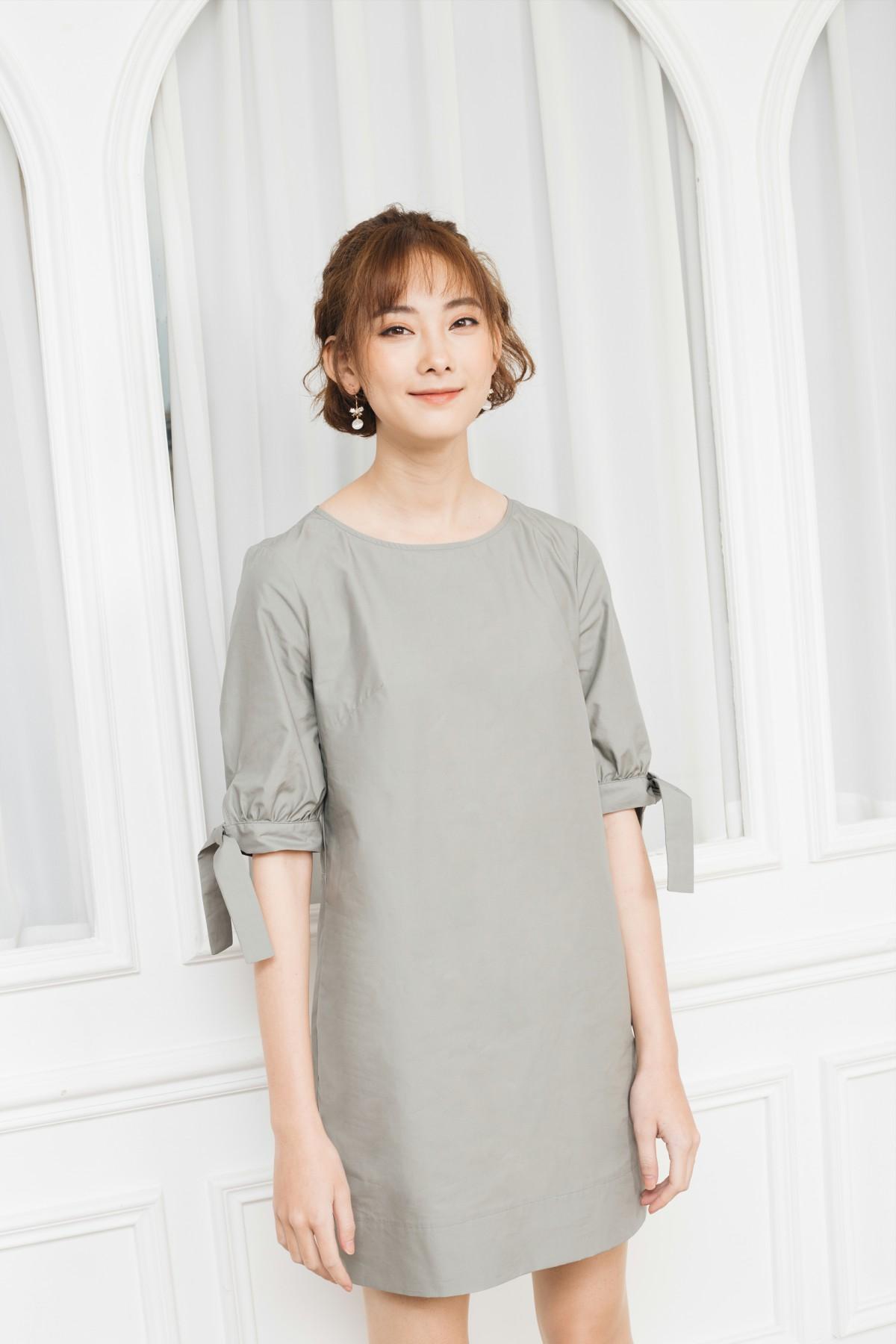 Đầm suông tay nơ 2