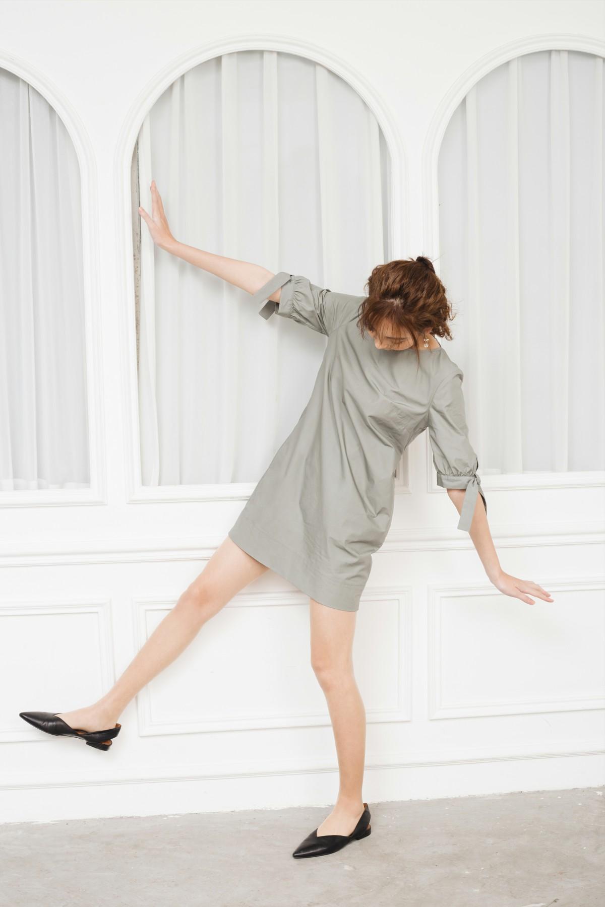 Đầm suông tay nơ 3