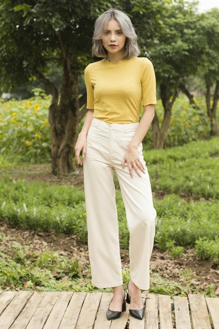 White High Waisted Pants - Quần Khaki Trắng Cạp Cao Ống Loe
