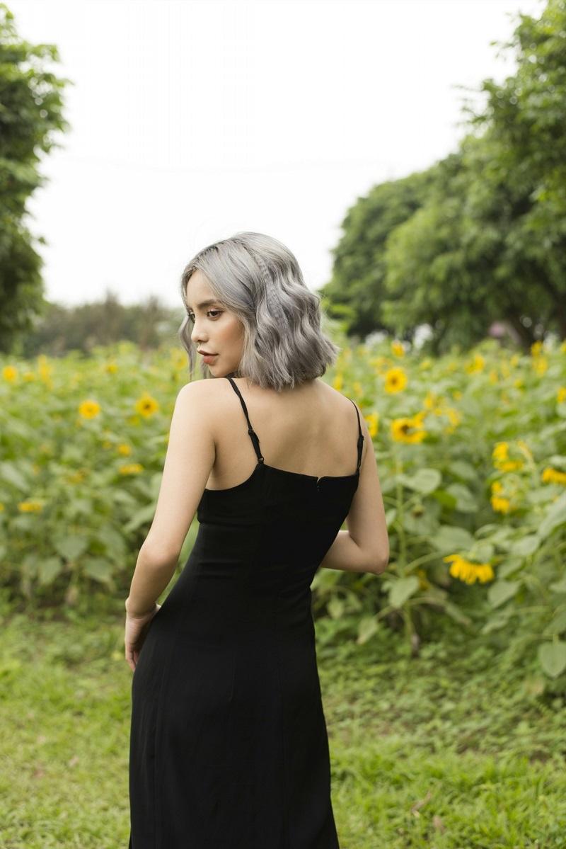 Váy 2 dây đen dáng dài xẻ chân 4