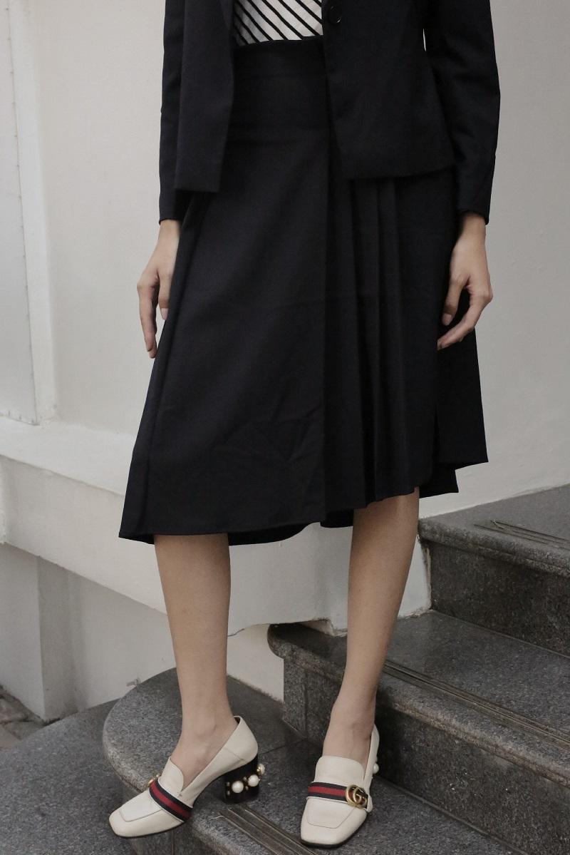 Asymmetric Skirt - Váy Bất Đối Xứng