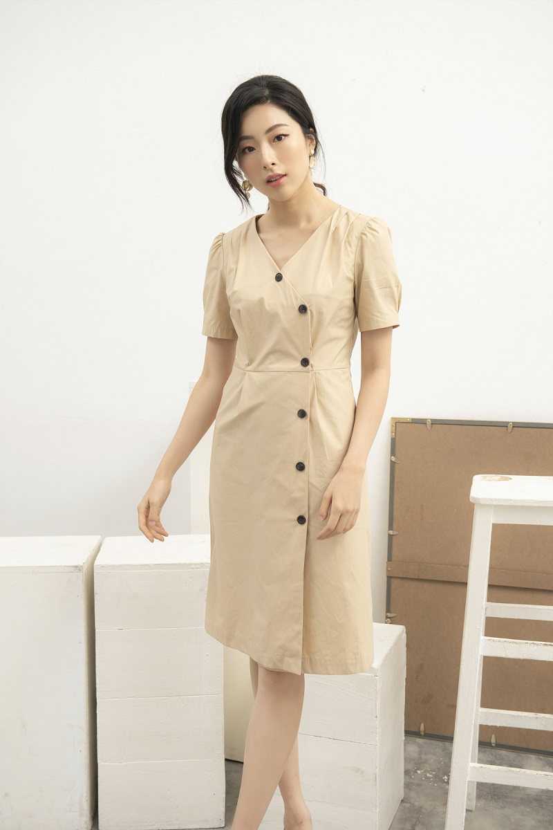 Beige Button Dress - Váy Be Cúc Lớn