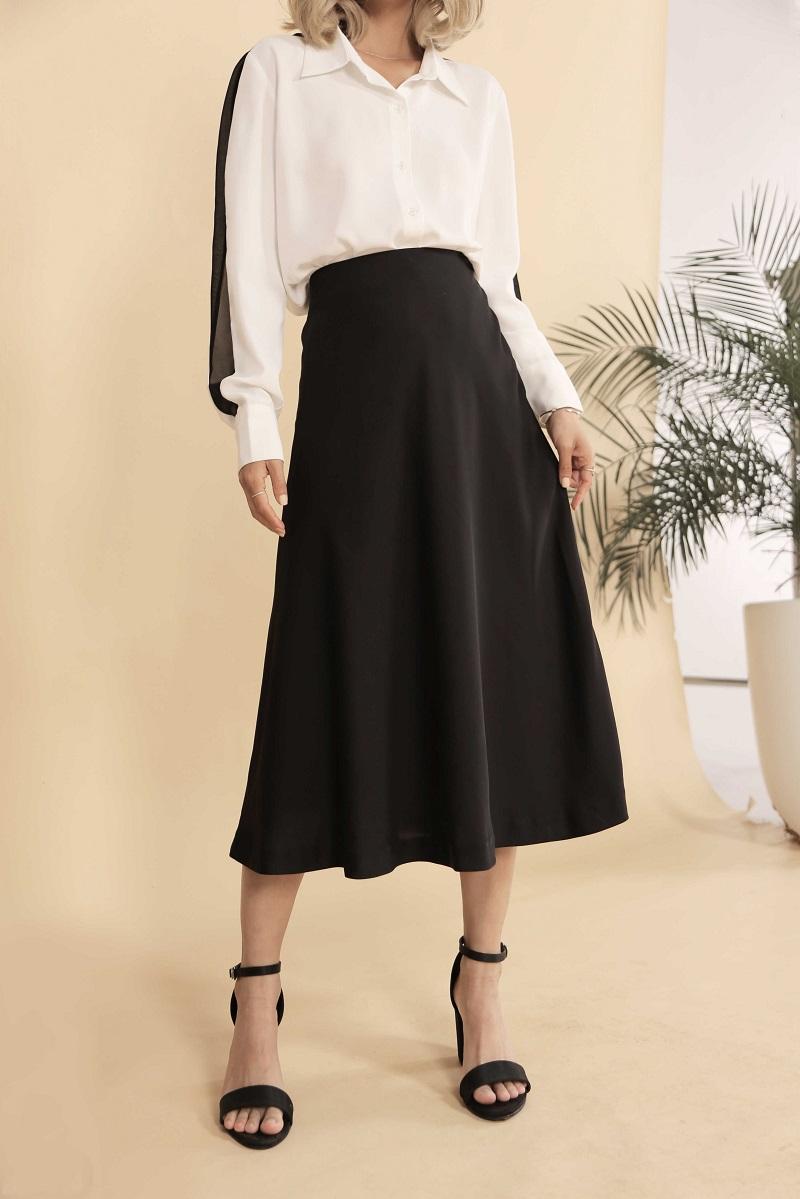 Chân váy đen 1