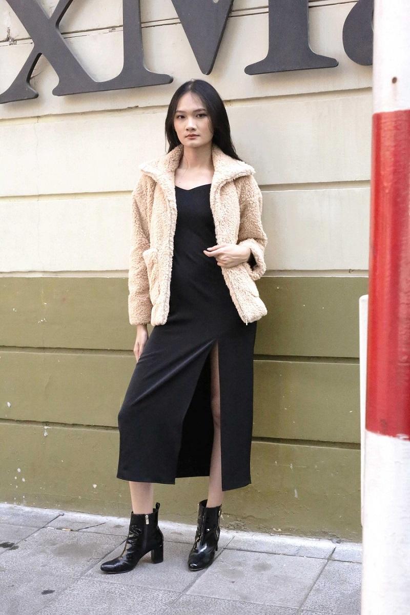 Long Slip Dress - Đầm Đen Xẻ Dài
