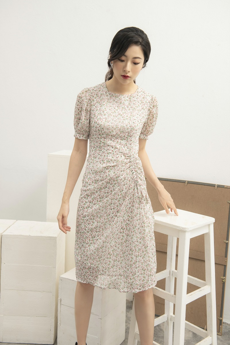 Ruched Floral Midi Dress - Váy Hoa Nhí Rút Dây