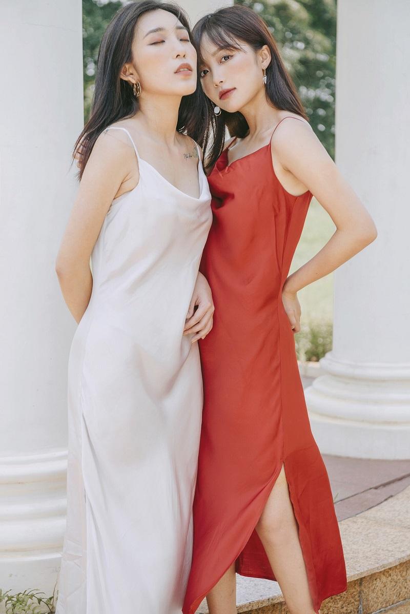 Váy lụa đỏ 2