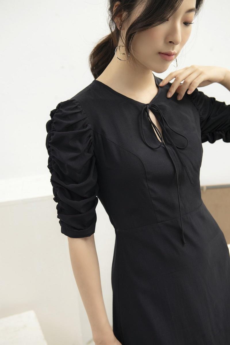 Váy lụa đen rút chun tay 3