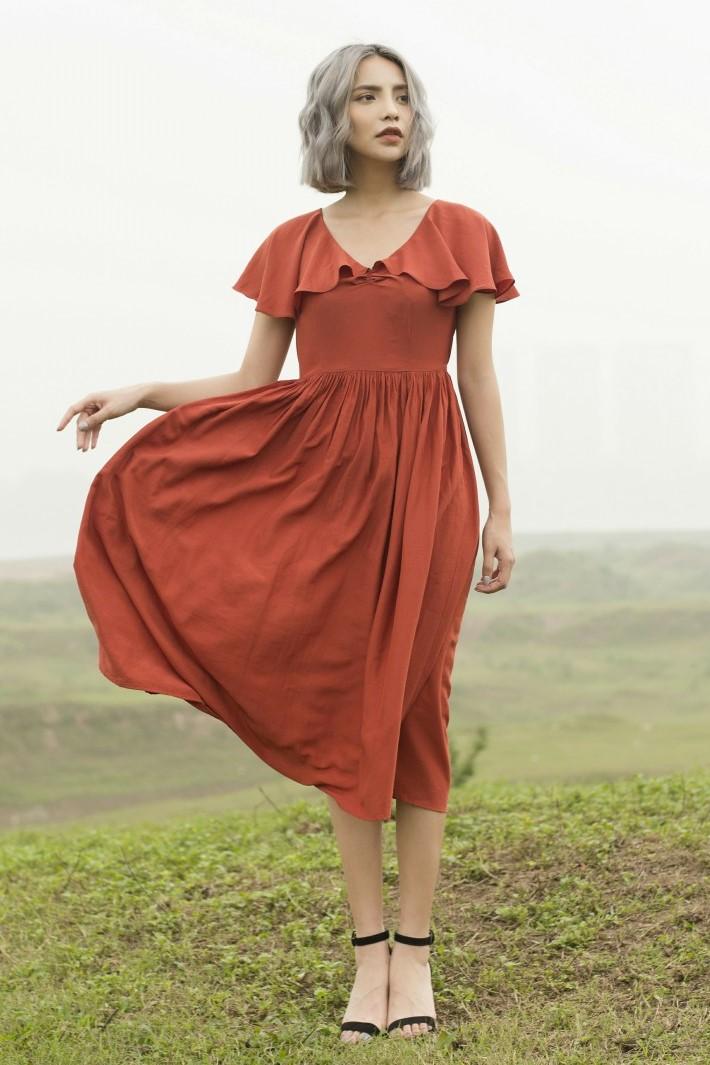 Scarlet Dress - Váy Maxi Bồng Đỏ Gạch