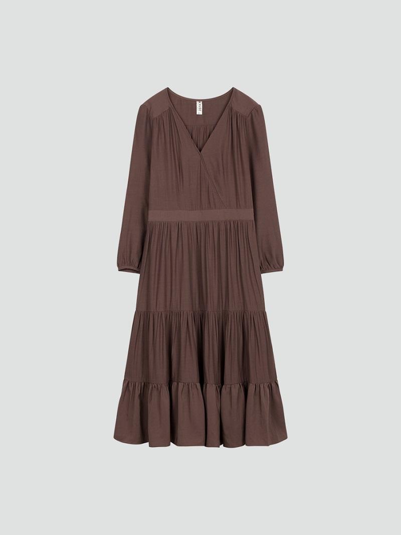 Váy Maxi xòe cổ chữ V màu nâu