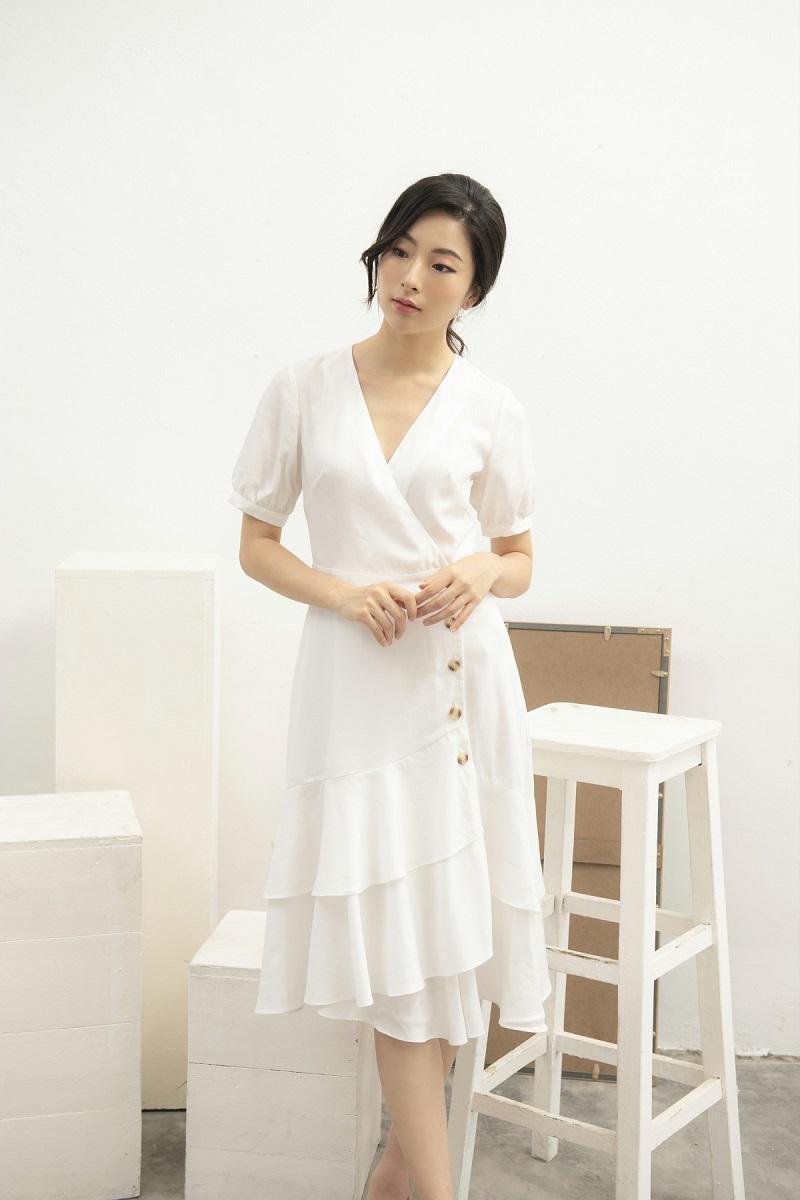 Váy trắng nhiều lớp 1
